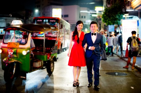 Cherlyn and Ben's China Town pre-wedding (prenuptial, engagement session) in Bangkok, Thailand. China Town_Bangkok_wedding_photographer__1299.TIF