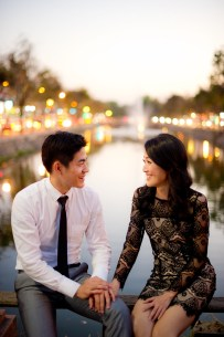 Ya-Win and Ray's City Wall pre-wedding (prenuptial, engagement session) in Chiang Mai, Thailand. City Wall_Chiang Mai_wedding_photographer_Ya-Win and Ray_0290.TIF