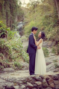 Ya-Win and Ray's Huay Keaw Waterfall pre-wedding (prenuptial, engagement session) in Chiang Mai, Thailand. Huay Keaw Waterfall_Chiang Mai_wedding_photographer_Ya-Win and Ray_0287.TIF
