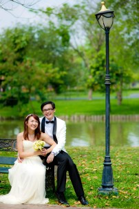 Loh and Jason's King Rama IX Park pre-wedding (prenuptial, engagement session) in Bangkok, Thailand. King Rama IX Park_Bangkok_wedding_photographer_Loh and Jason_1802.TIF