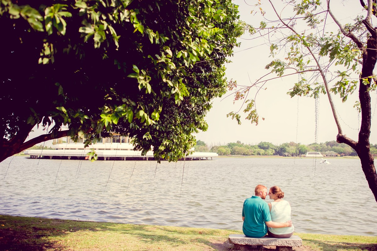 Photo of the Day: Engagement Session at King Rama IX Park