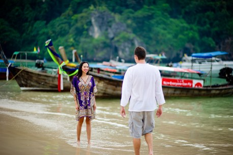 Tarinee and Dyson's Railay Beach pre-wedding (prenuptial, engagement session) in Krabi, Thailand. Railay Beach_Krabi_wedding_photographer_Tarinee and Dyson_1863.TIF