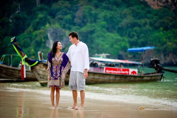 Tarinee and Dyson's Railay Beach pre-wedding (prenuptial, engagement session) in Krabi, Thailand. Railay Beach_Krabi_wedding_photographer_Tarinee and Dyson_1866.TIF