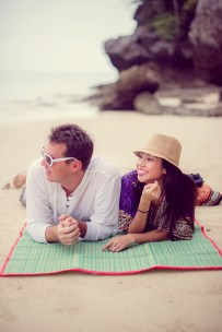 Tarinee and Dyson's Railay Beach pre-wedding (prenuptial, engagement session) in Krabi, Thailand. Railay Beach_Krabi_wedding_photographer_Tarinee and Dyson_1877.TIF