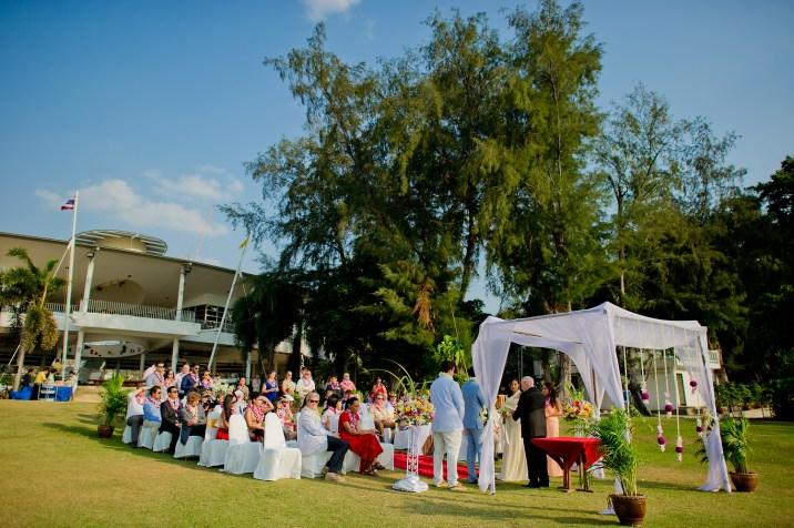 Raagini and Jeremy's Royal Varuna Yacht Club wedding in Pattaya, Thailand. Royal Varuna Yacht Club_Pattaya_wedding_photographer_Raagini and Jeremy_0619.TIF