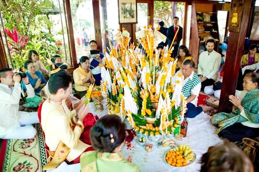 Ayano and Thavisouk's Sinouk Coffee Resort wedding in Bolaven Plateau - Champasak Province, Thailand. Sinouk Coffee Resort_Bolaven Plateau - Champasak Province_wedding_photographer_Ayano and Thavisouk_1080.TIF