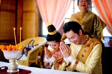 Ayano and Thavisouk's Sinouk Coffee Resort wedding in Bolaven Plateau - Champasak Province, Thailand. Sinouk Coffee Resort_Bolaven Plateau - Champasak Province_wedding_photographer_Ayano and Thavisouk_1098.TIF