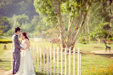Yuen and Chan's The Buda Muaklek Resort pre-wedding (prenuptial, engagement session) in Saraburi, Thailand. The Buda Muaklek Resort_Saraburi_wedding_photographer_Yuen and Chan_1982.TIF