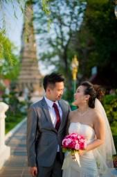 Edith and Joe's Wat Arun pre-wedding (prenuptial, engagement session) in Bangkok, Thailand. Wat Arun_Bangkok_wedding_photographer_Edith and Joe_1570.JPG