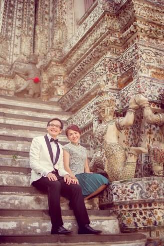 Loh and Jason's Wat Arun pre-wedding (prenuptial, engagement session) in Bangkok, Thailand. Wat Arun_Bangkok_wedding_photographer_Loh and Jason_1813.TIF