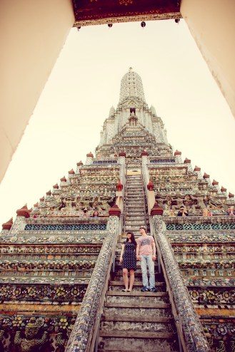 Tatiana and Alex's Wat Arun pre-wedding (prenuptial, engagement session) in Bangkok, Thailand. Wat Arun_Bangkok_wedding_photographer__1357.TIF