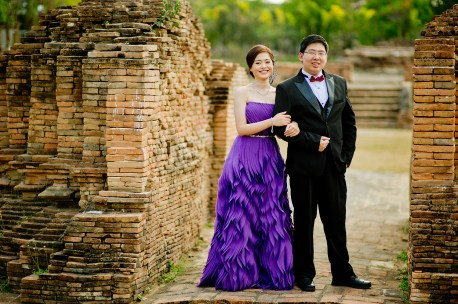 Karen and Billy's Wiang Kum Kam pre-wedding (prenuptial, engagement session) in Chiang Mai, Thailand. Wiang Kum Kam_Chiang Mai_wedding_photographer_Karen and Billy_2224.TIF