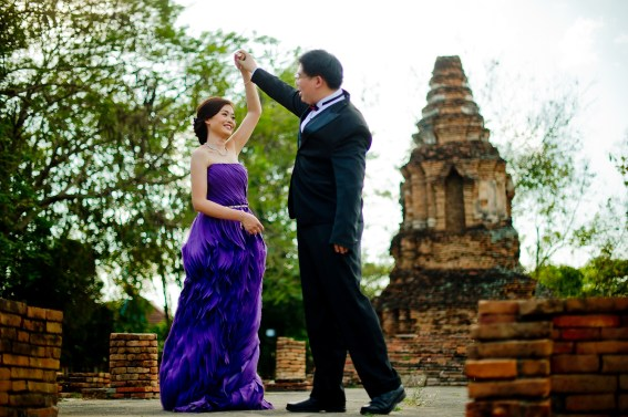 Karen and Billy's Wiang Kum Kam pre-wedding (prenuptial, engagement session) in Chiang Mai, Thailand. Wiang Kum Kam_Chiang Mai_wedding_photographer_Karen and Billy_2227.TIF
