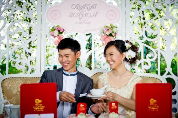 Oratai and Sophon's Anantara Riverside Bangkok Resort wedding in Bangkok, Thailand. Anantara Riverside Bangkok Resort_Bangkok_wedding_photographer_Oratai and Sophon_29.TIF