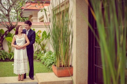 Rachel and Michael's Banyan Tree Phuket pre-wedding (prenuptial, engagement session) in Phuket, Thailand. Banyan Tree Phuket_Phuket_wedding_photographer_Rachel and Michael_32.TIF