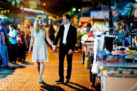 Anna and Kamil's China Town pre-wedding (prenuptial, engagement session) in Bangkok, Thailand. China Town_Bangkok_wedding_photographer_Anna and Kamil_12.TIF