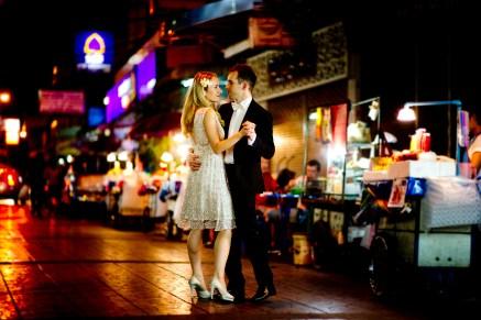 Anna and Kamil's China Town pre-wedding (prenuptial, engagement session) in Bangkok, Thailand. China Town_Bangkok_wedding_photographer_Anna and Kamil_14.TIF