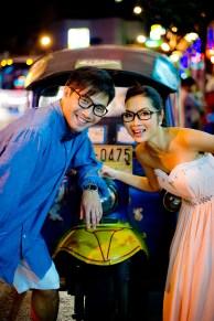 Moon and Chau's China Town pre-wedding (prenuptial, engagement session) in Bangkok, Thailand. China Town_Bangkok_wedding_photographer_Moon and Chau_124.TIF