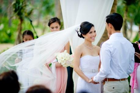 Berry and Tan's InterContinental Danang Sun Peninsula Resort wedding in Danang City, Thailand. InterContinental Danang Sun Peninsula Resort_Danang City_wedding_photographer_Berry and Tan_057.TIF