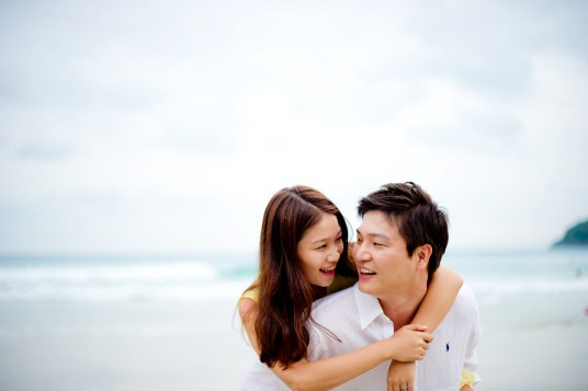 Rachel and Michael's Kata Beach pre-wedding (prenuptial, engagement session) in Phuket, Thailand. Kata Beach_Phuket_wedding_photographer_Rachel and Michael_63.TIF