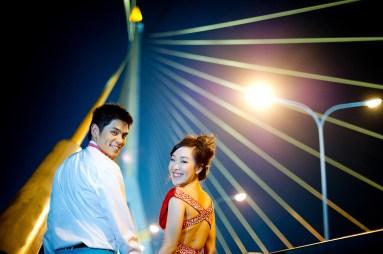 Stephanie and Kelvin's Rama VIII Bridge pre-wedding (prenuptial, engagement session) in Bangkok, Thailand. Rama VIII Bridge_Bangkok_wedding_photographer_Stephanie and Kelvin_27.JPG