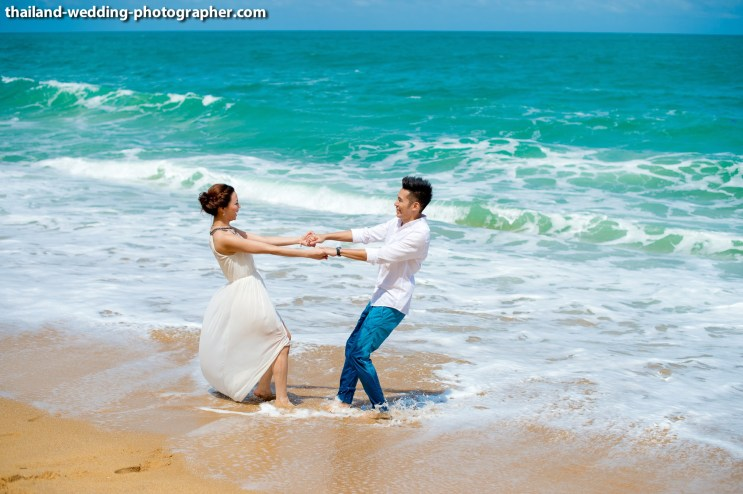 Jessica and Farren's SALA Phuket Resort and Spa pre-wedding (prenuptial, engagement session) in Phuket, Thailand. SALA Phuket Resort and Spa_Phuket_wedding_photographer_Jessica and Farren_53.JPG