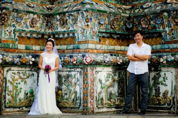 Moon and Chau's Wat Arun pre-wedding (prenuptial, engagement session) in Bangkok, Thailand. Wat Arun_Bangkok_wedding_photographer_Moon and Chau_114.TIF