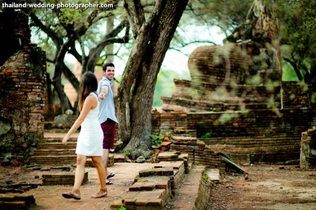 American Couple's Wat Phra Si Sanphet & Ayutthaya Historical Park pre-wedding (prenuptial, engagement session) in Ayutthaya, Thailand. Wat Phra Si Sanphet & Ayutthaya Historical Park_Ayutthaya_wedding_photographer_American Couple_14.JPG