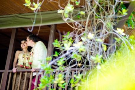 Kissing Photo   Rose Garden Riverside Thailand Wedding Photography