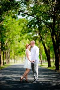 Kissing Photo | Bangkok Thailand Wedding Photography