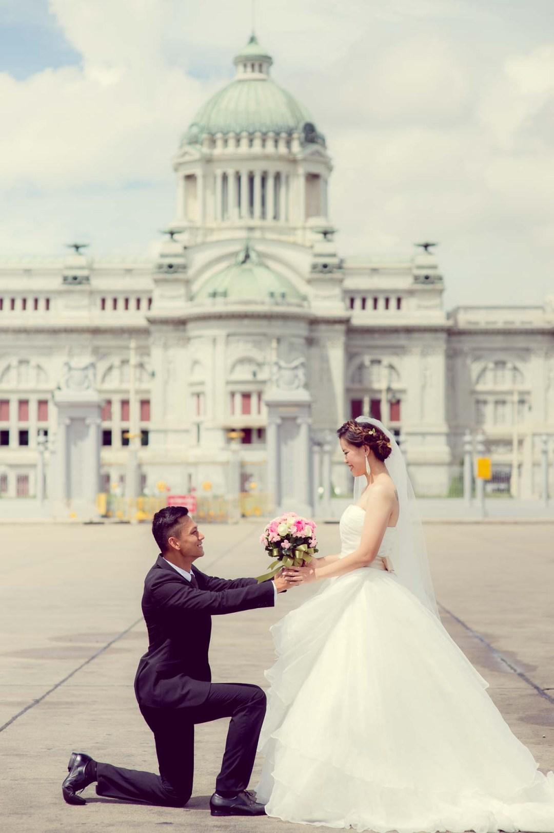 Pre-Wedding at Ananta Samakhom Throne Hall in Bangkok Thailand | Bangkok Wedding Photography