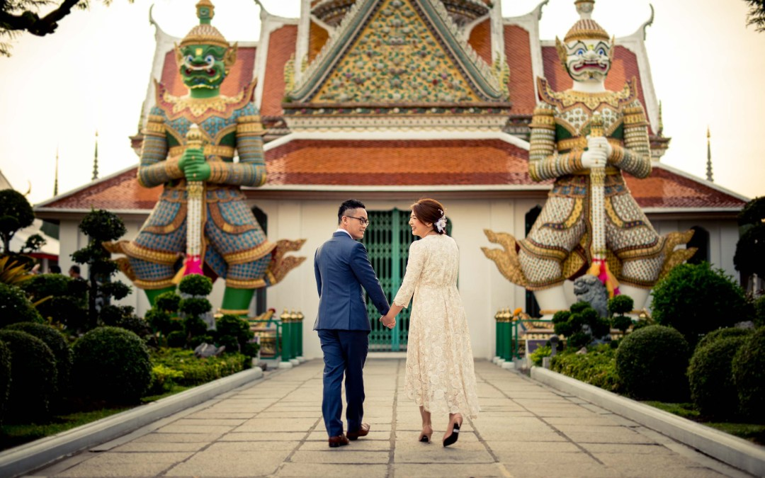 Preview: Wat Arun Bangkok Engagement Session
