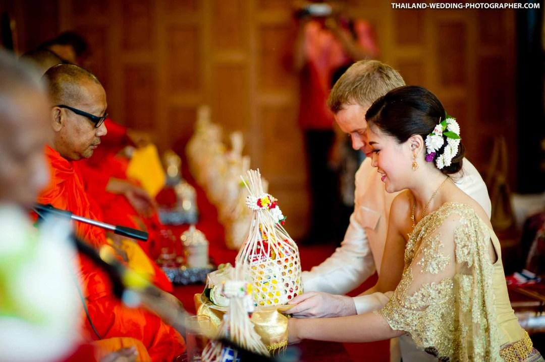 Ruenjoawsao (เรือนเจ้าสาว ปากเกร็ด) Thailand Wedding Photography