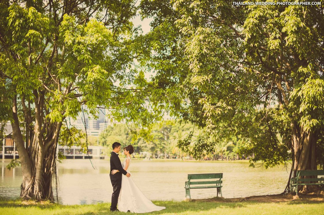 Rod Fai Park Bangkok Thailand Wedding Photography