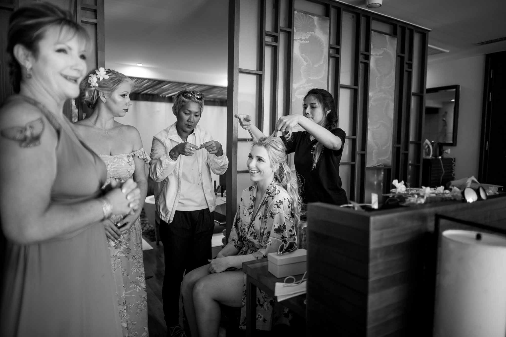 Photo of the Day: Getting ready – Thailand destination wedding