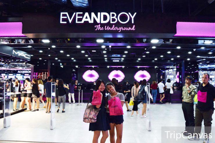 Eve And Boy Jadi Pusat Belanja Skin Care Para Turis. Paling Banyak Indonesia. Foto: tripcanvas.co