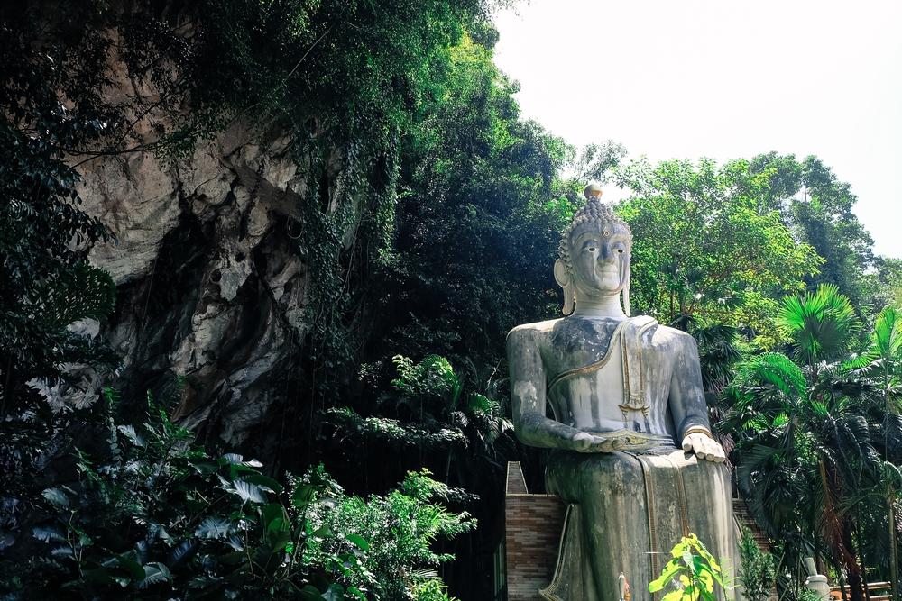 ถ้ำเขาประทุน (Khao Prathun Cave Temple)