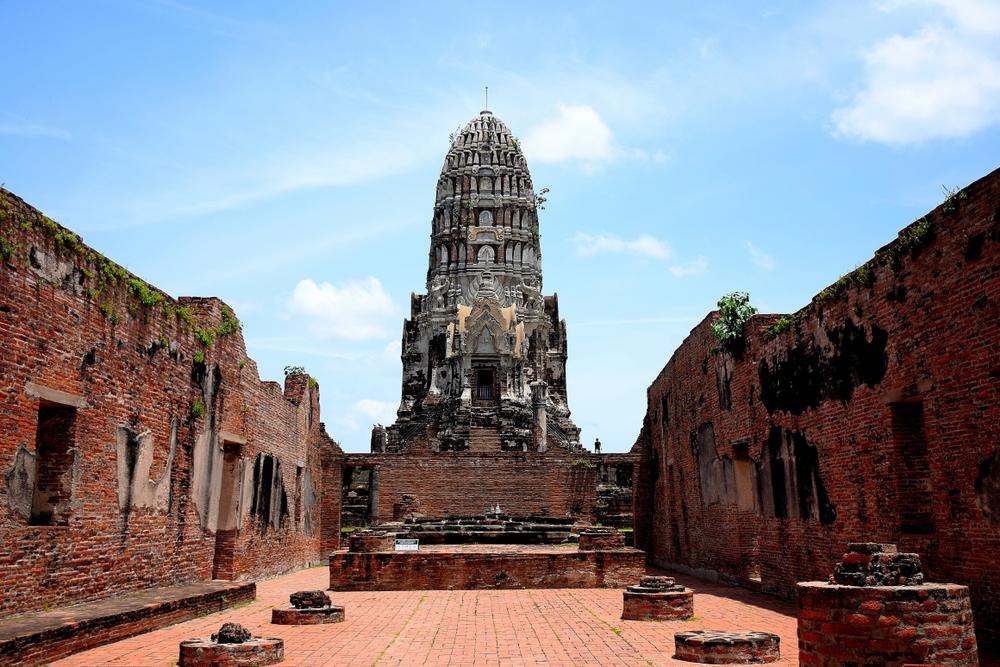 วัดราชบูรณะ (Wat Ratchaburana)