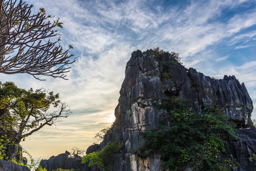 Pa Joh Cave (ถ้ำผาเจาะ)
