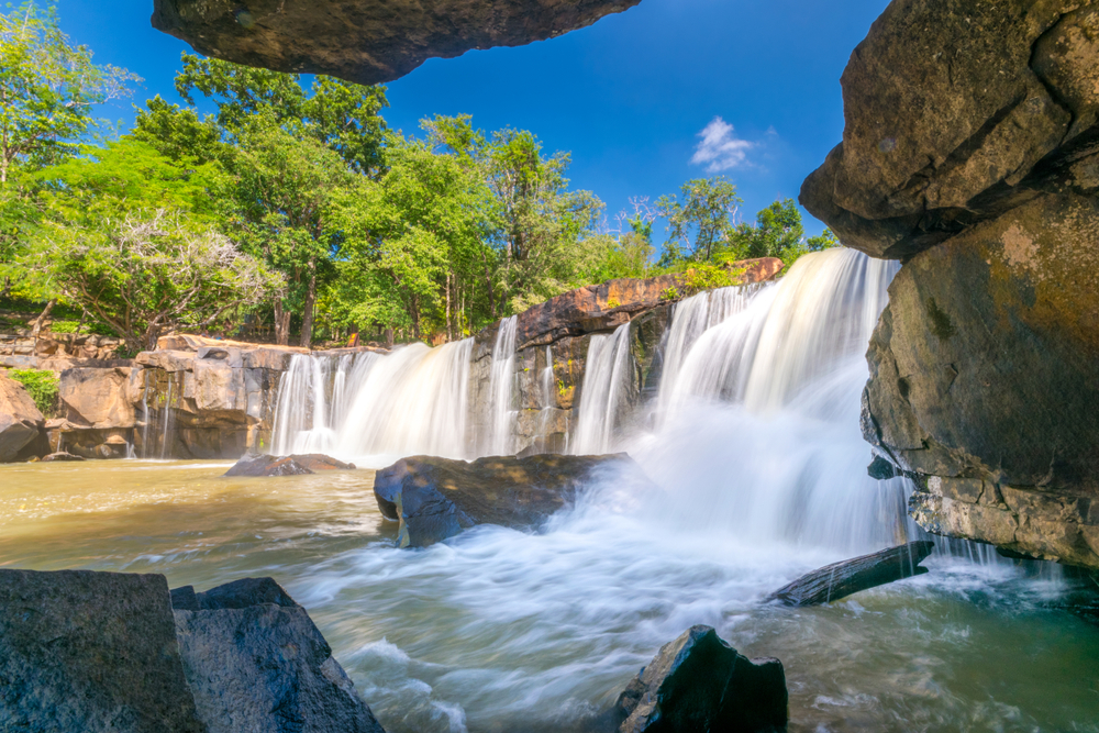 Tat Ton Waterfall (อุทยานแห่งชาติตาดโตน)