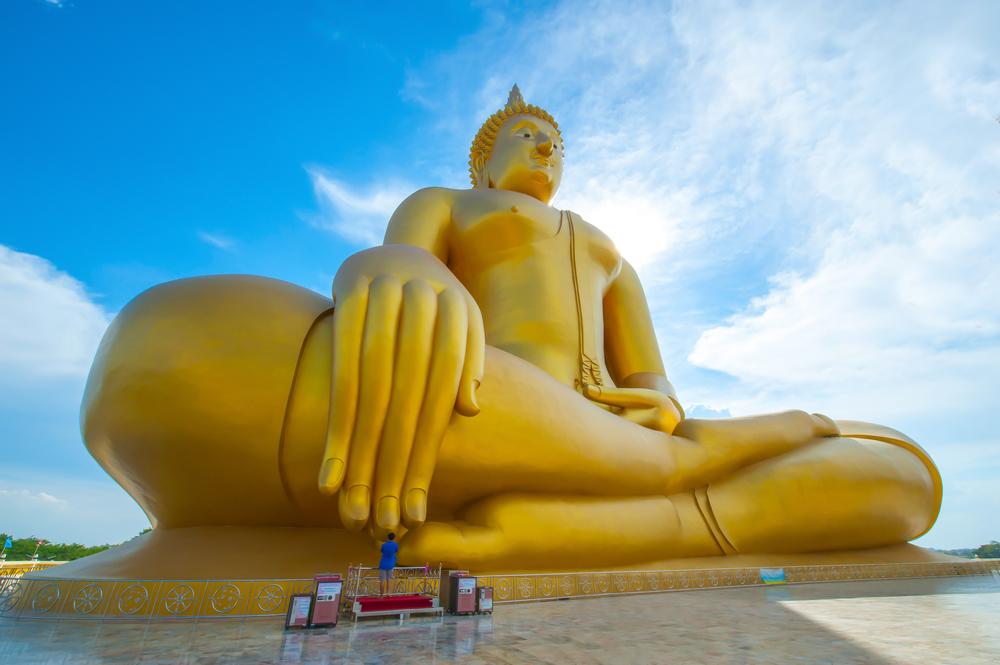 Wat Muang, Ang Thong Thailand