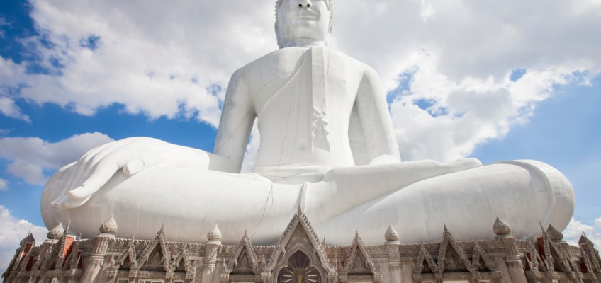Wat Phu Manorom (วัดภูมโนรมย์)