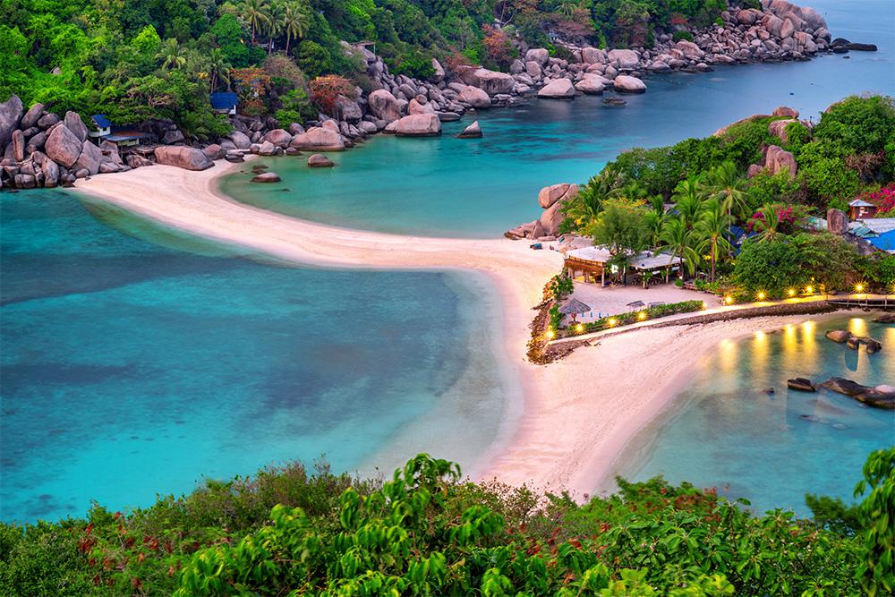 Travel Thai beaches in AugustKoh Nang Yuan