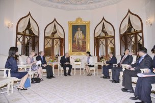 Kent delegation meets PM Yingluck
