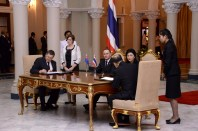 NZ PM and Yingluck