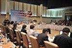 yingluck_meeting_officials