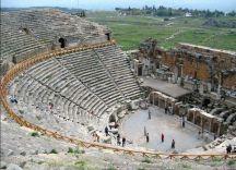 Античный амфитеатр (Памуккале)