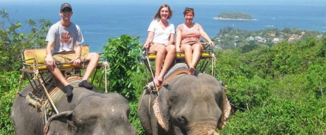 Сафари верхом на слонах в Паттайе