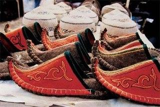 арабские мужские туфли с загнутым мыском