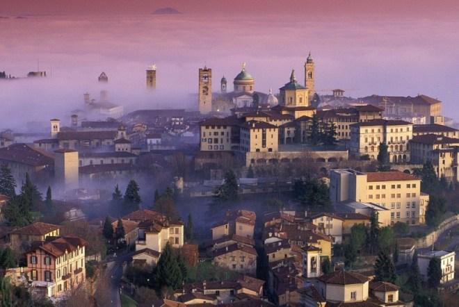 Город Бергамо в Италии